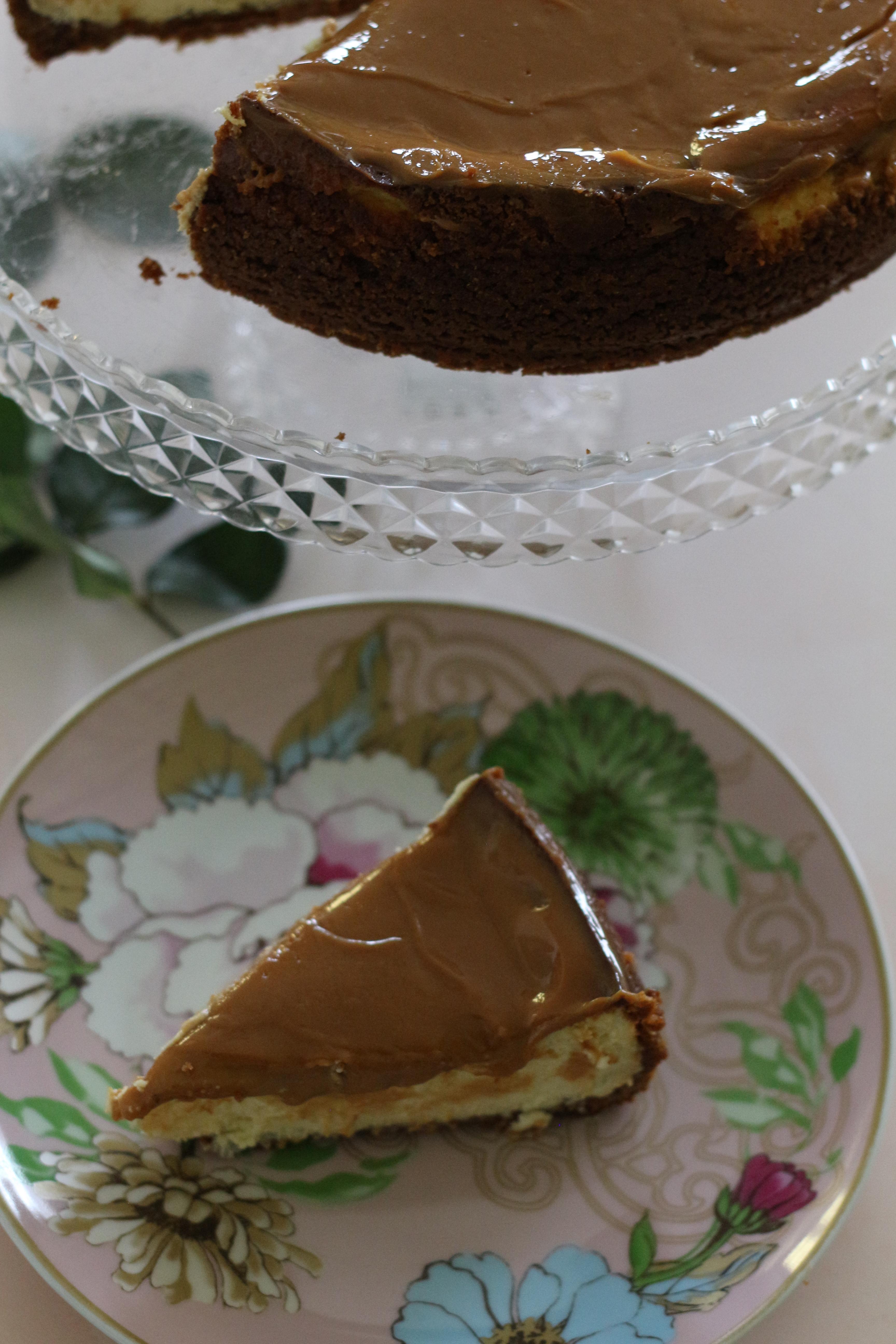 caramel baked cheesecake